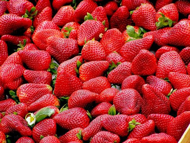 čerstvé jahody.jpg