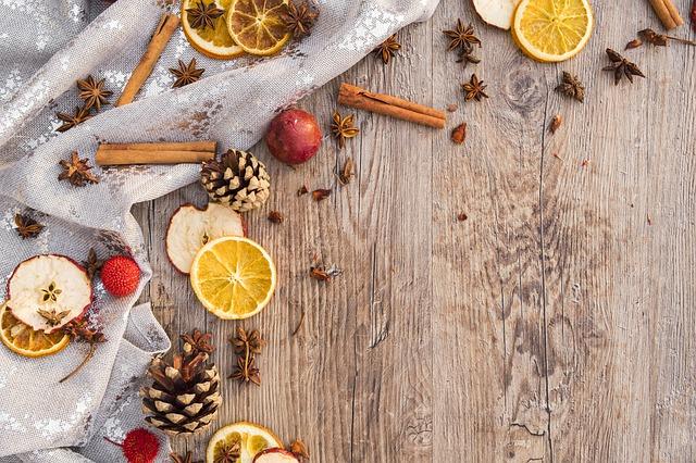 Vánoční ovocná dekorace